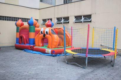 Brinquedos do Bolinhas Coloridas Locações: Pula Pula Castelinho, Piscina de Bolinhas de cachorrinho e Cama Elástica